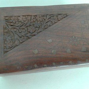 Brown Hand  Carved Trinket  Wooden Box  Open 8X5